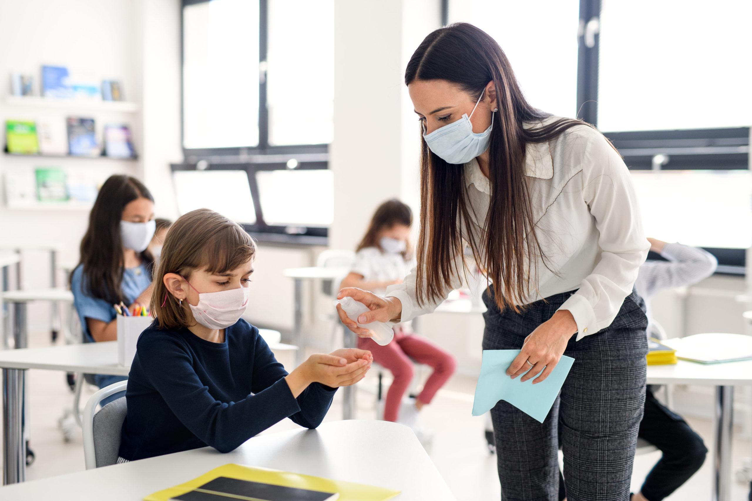 A escola na pandemia: do planejamento à implementação da mudança